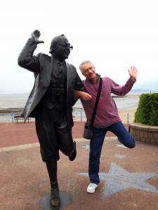 Photo of Paul Lewis and Eric Morecambe statue